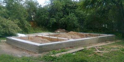 Зачем нужен глубинный вибратор для бетона
