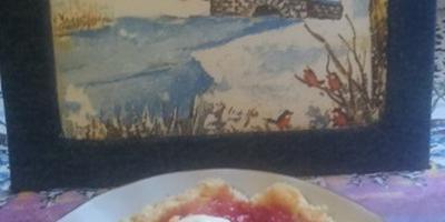 Необычный десерт из замороженных ягод