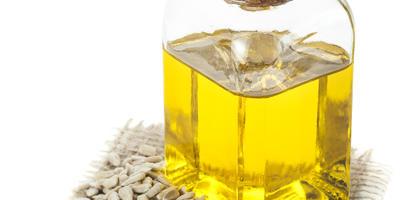 Подсолнечное масло на даче: 9 нестандартных способов применения