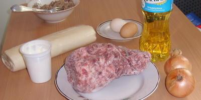 Слоеные рулеты с мясом