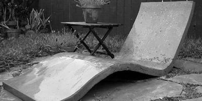Садовая мебель из бетонного полотна