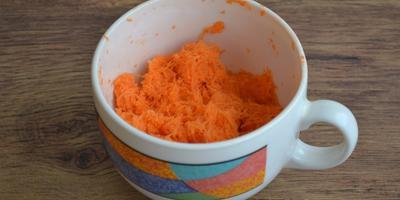 Морковный кекс под белоснежным покрывалом