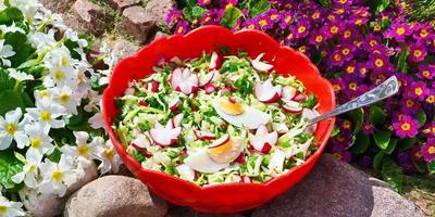 """Салат """"Сплошная польза"""": все витамины в одной тарелке"""