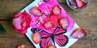 Чипсы из лепестков роз. Рецепт для увлеченных кулинаров