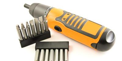 Аккумуляторные отвертки — дачные помощницы