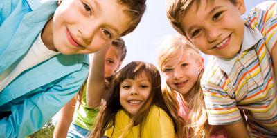 5 видов полезных игр для детей на даче