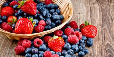 Летние полезные десерты из ягод для детей и взрослых