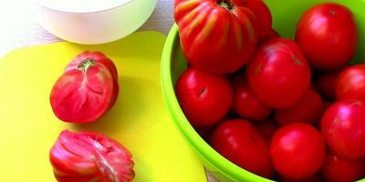 Как заготовить томатный сок без соковыжималки