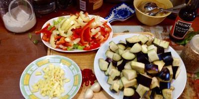 Закуска из баклажанов: быстрое и совсем несложное летнее блюдо
