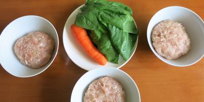 Разноцветная запеканка с морковью и шпинатом
