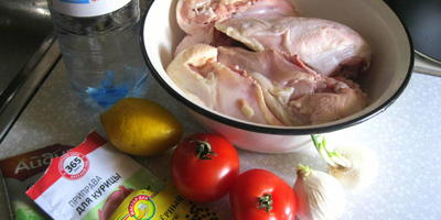 Шашлык из куриных грудок в овощном маринаде