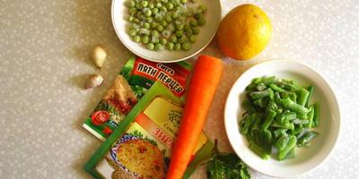 Теплый салат с морковью и стручковой фасолью