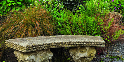 В вашем саду начинается век камня: выбираем декоративные скамьи