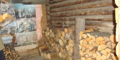 Без дров в деревне, как без воды.....