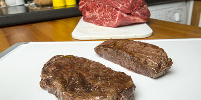 Какой стейк лучше - Top Blade или Flat Iron? В чем разница?