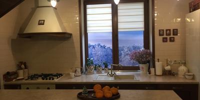 Маленькая хитрость, как изменить неприглядный вид из окна дома