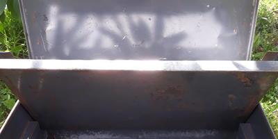 Что можно сделать из металлического ящика?