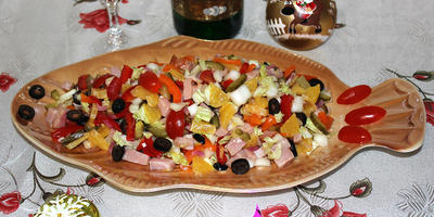 "Новогодний салат ""Мамина фантазия"""