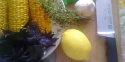 С едой на Ты, или Рецепты от Кости! Холодный суп из молодой кукурузы и оладьи с молодой кукурузой, зелёным луком и перцем чили