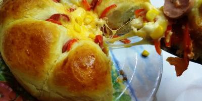 Фантастический пирог-цветок из булочек с начинкой