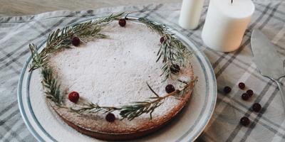 Новогодний пирог с орехами и апельсиновой цедрой. Никто не устоит перед его ароматом
