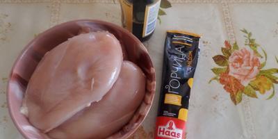 Шашлычки из куриной грудки в горчично-соевом маринаде
