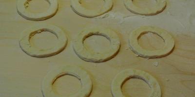 Волованы с салатом из грибов и кукурузы
