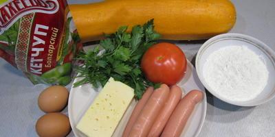 Маффины из кабачков с сыром и сосисками
