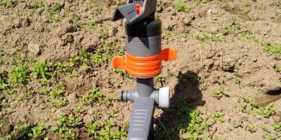 Мой лучший помощник при поливе - дождеватель Comfort Turbo-Drive Sprinkler Spike!