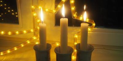 """Продлить """"жизнь"""" горящей свечи? Есть способ! Читаем и запоминаем!"""