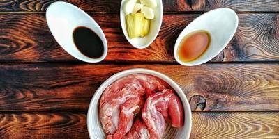 Овощи с мясом и лапшой в казане: быстро, просто и вкусно!