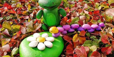 Готовим из камня фигурки для сада хмурыми ноябрьскими деньками
