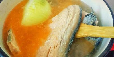 Бюджетный сырный супчик с красной рыбкой. Экономим со вкусом!