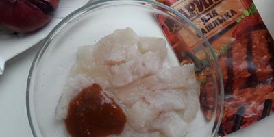 Рыба, запечённая под домашним майонезом