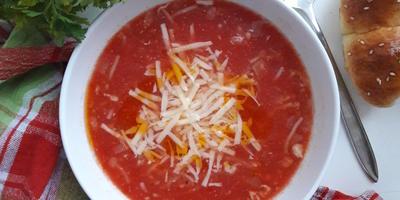 Томатный суп с сыром. У него только один недостаток — слишком быстро заканчивается