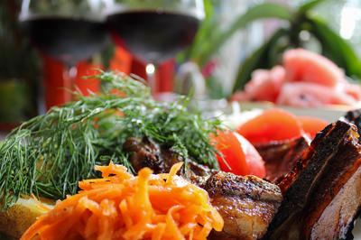 Бараньи ребрышки барбекю в маринаде из кагора, гранатового и соевого соуса. Пошаговый рецепт с фото