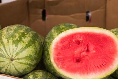 Сохранить плоды арбуза в частном доме куда проще