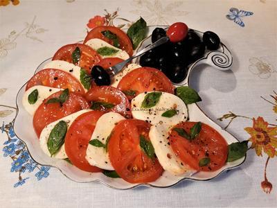 Салат; Капрезе; легкий, быстрый и вкусный - назову его; Любимый; пошаговый рецепт приготовления с фото
