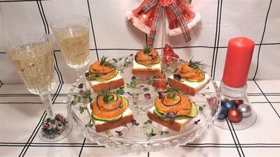 Тартинки с форелью украсят новогодний стол - пошаговый рецепт приготовления с фото