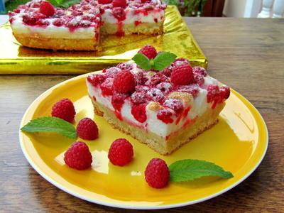 Пирог с малиной и меренгой - пошаговый рецепт приготовления с фото