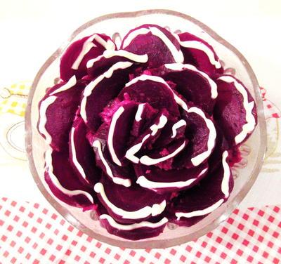 Свекольный салат в праздничном оформлении. Пошаговый рецепт с фото. Секреты декора