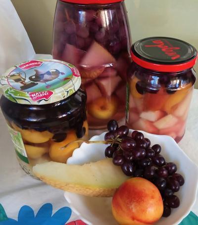 Дыня в сиропе с нектаринами и виноградом - пошаговый рецепт приготовления с фото