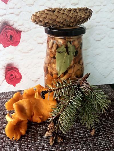 Маринованные лисички с корицей на зиму - пошаговый рецепт приготовления с фото