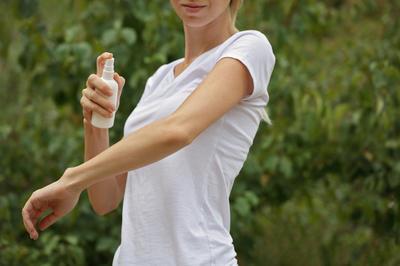 Масла цитрусовых входят в состав многих покупных репеллентов