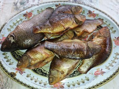 Золотистые копченые караси – сегодняшний улов - пошаговый рецепт приготовления с фото