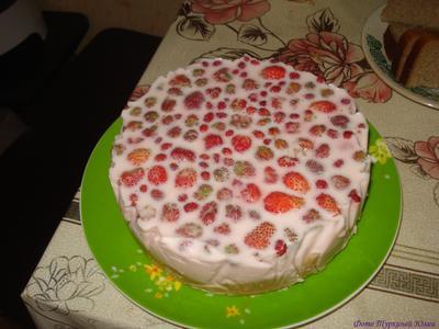 Йогуртовый торт с клубникой - пошаговый рецепт приготовления с фото