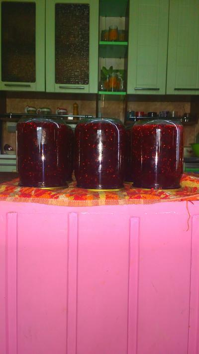 Когда осталось ягод по чуть-чуть. готовлю; сборный; джем - пошаговый рецепт приготовления с фото