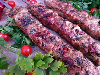Гармошка из свиного карбонада на шпажках - пошаговый рецепт приготовления с фото