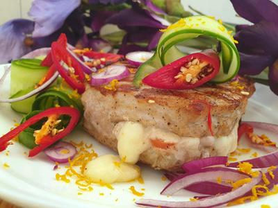 Фаршированный стейк из свинины - пошаговый рецепт приготовления с фото