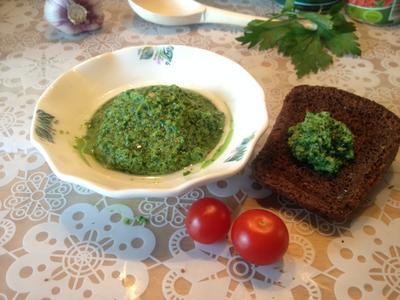 Соус; Зеленый, или Когда в холодильнике мышь повесилась - пошаговый рецепт приготовления с фото